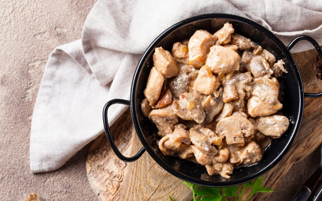 Ricetta Pollo alla crema e funghi